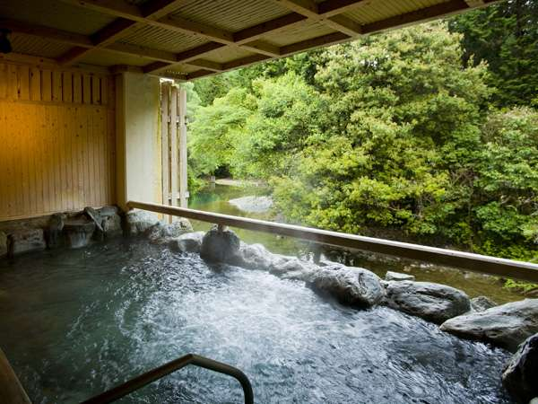 大阪府内唯一の温泉郷「犬鳴山温泉」のお宿とおすすめ観光スポット