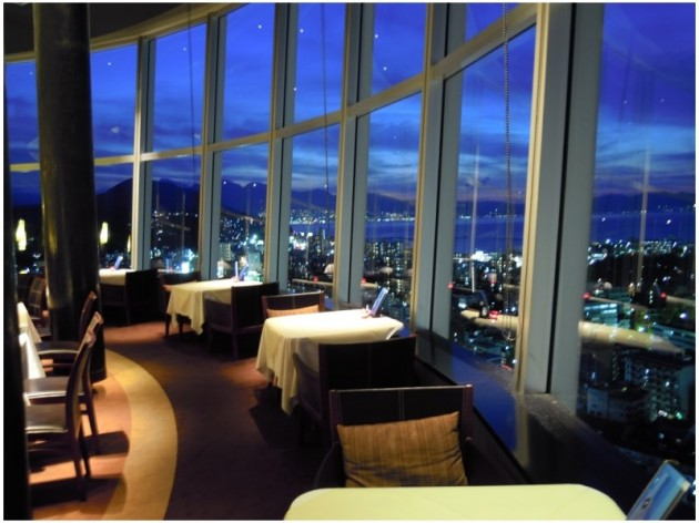 大分オアシスタワーホテルのレストラン例