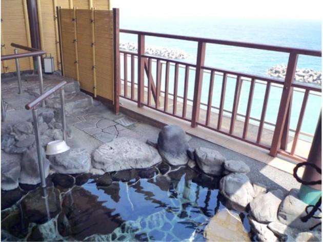 海色・湯の宿 松月の露天風呂