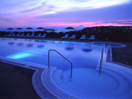 鎌倉プリンスホテルのプール