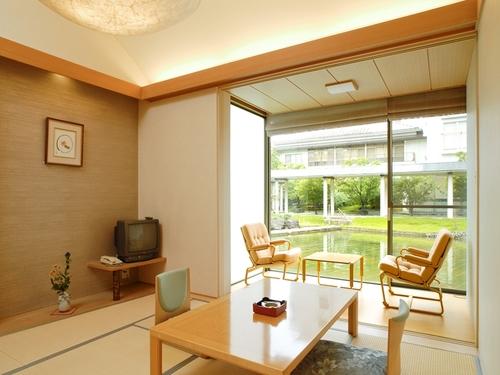 観水庭こぜにやの客室一例
