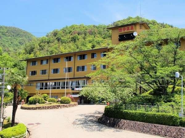日帰りでも泊まりでも楽しめる「能勢温泉」の宿と周辺のおすすめ観光スポット