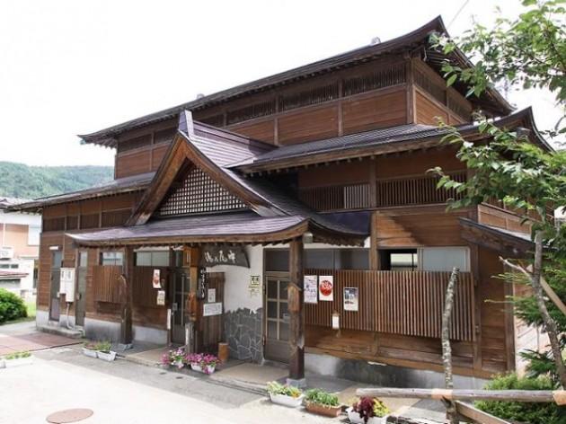 海外も注目する風情豊かな温泉街「野沢温泉」の日帰り外湯おすすめランキング