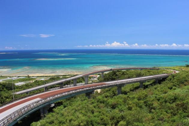 カップル旅行を楽しもう!エリア別「沖縄」のおすすめデートスポット