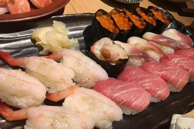 寿司、肉、カニ、串ぜんぶ食べ放題!?六本木の大人個室食べ放題店「八山」