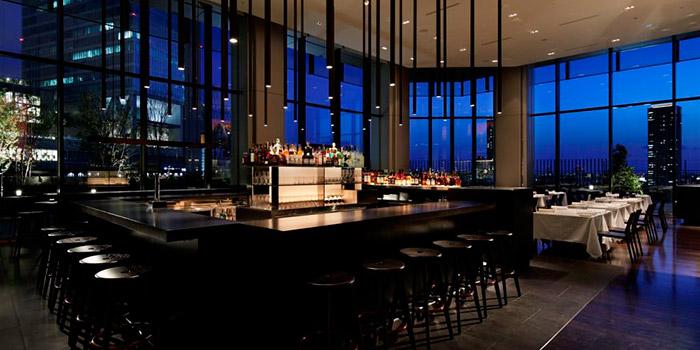 ちょっと一杯だけじゃない!飲み会にも使える「大阪のレストラン・バーフロア」おすすめ4選