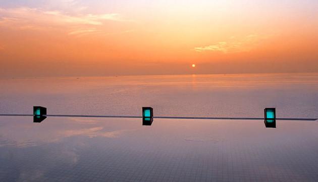 海、星、空を肌で感じられる素晴らしきリゾート「ホテルニューアワジ ヴィラ楽園」