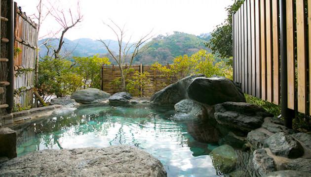 伝統的な和風旅館にさりげなく潜むモダンが魅力の温泉宿「ふきや」