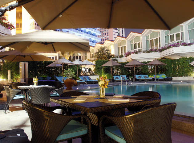 DUSIT THANI DTBK Swimming Pool