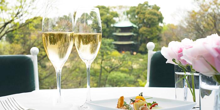 シャンパンの飲み放題が愉しめる「都内高級ホテルのバー&ダイニング」おすすめ5選