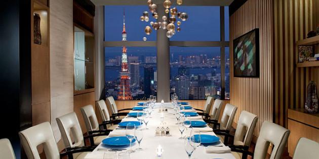 東京の一流ホテルのレストランで過ごす「ラグジュアリーなクリスマス」おすすめ7選