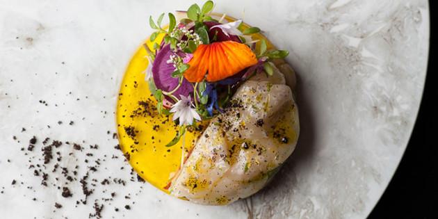 麻布十番の隠れ家レストランで愉しむ、枠にとらわれないフレンチ「リベルテ・ア・ターブル・ド・タケダ」