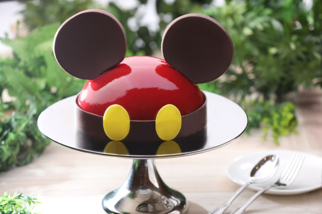 DEL Mickey Strawberry & Mango Mousse Cake